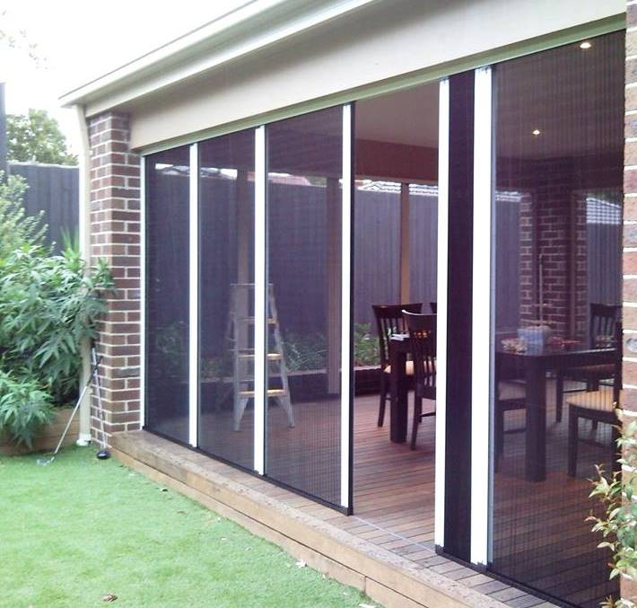 Flyscreens fly screens retractable fly screens for Retractable bug screen door